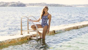 Какой выбрать купальник для бассейна?